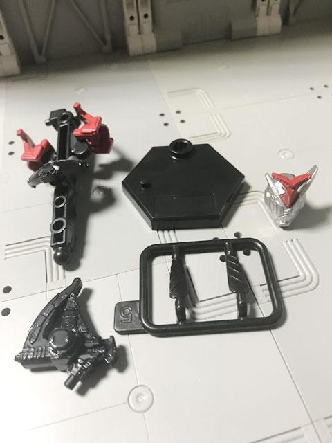 装動RIDE4の5 カブトアーマーセット 組み立て前