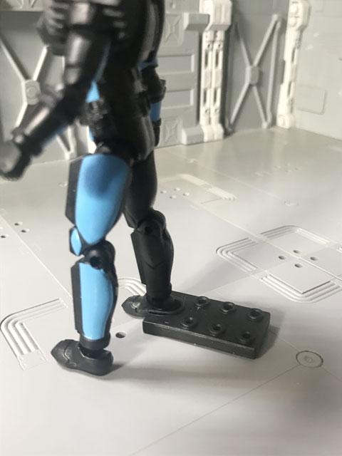 SHODO-X仮面ライダー2の3 仮面ライダーディエンド 足に台座をセット
