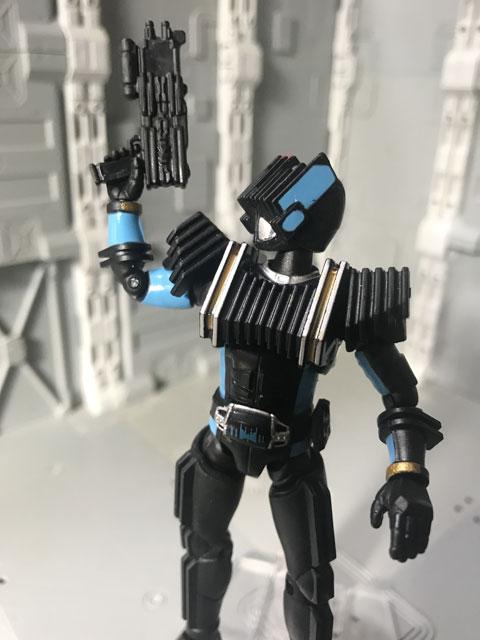 SHODO-X仮面ライダー2の3 仮面ライダーディエンド 銃を構えるポーズ3
