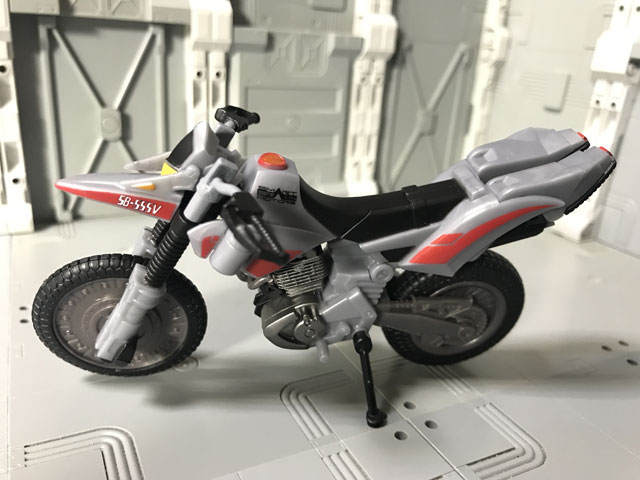 SHODO-X仮面ライダー2 オートバジン ビークルモード 横向き1