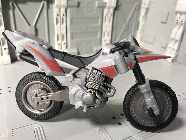 SHODO-X仮面ライダー2 オートバジン ビークルモード 横向き2