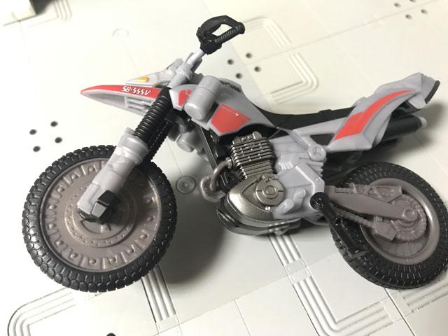 SHODO-X仮面ライダー2 オートバジン ビークルモード のベースの色が銀色ではない