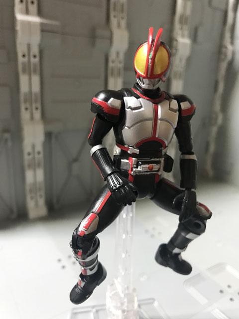 SHODO-X仮面ライダー2の1 仮面ライダーファイズ グリムゾンスマッシュ前の溜めのポーズ