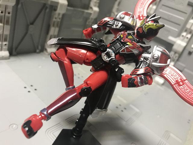 装動 仮面ライダージオウ RIDE5 仮面ライダーゲイツ ウィザードアーマー ライダーキック