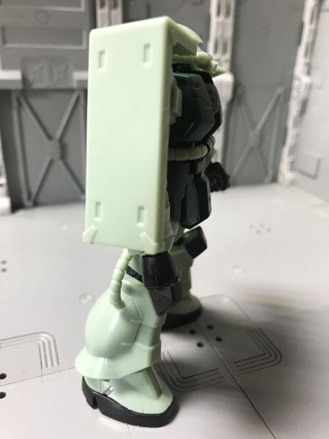 Gフレーム05 量産型ザク 右側面